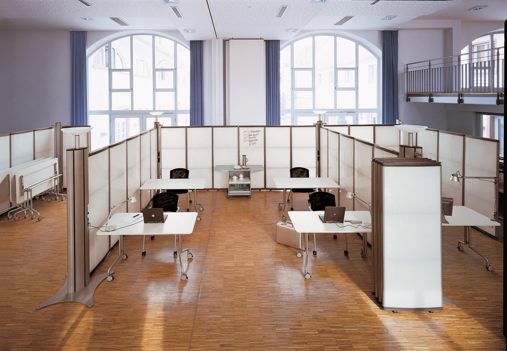 B&V Büroeinrichtungen - Konferenzanlagen